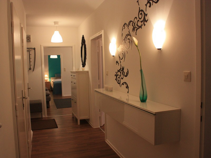 Gaste wc mit dusche modern raum und m beldesign inspiration for Wohnen modern